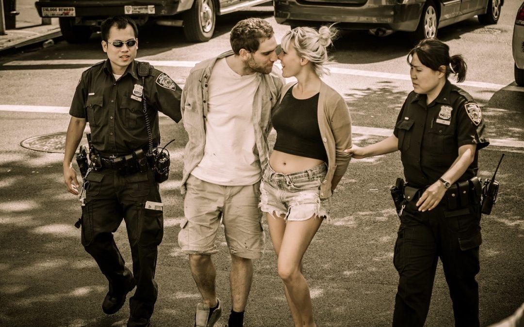 Pie de foto: Arrestos y cámaras